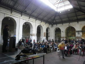 Acto en la Tabacalera de Lavapiés - Foto: Federación Regional de Asociaciones Vecinales de Madrid